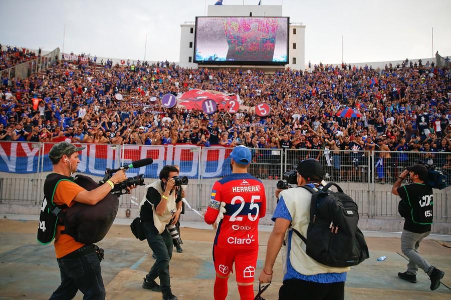 """Era muy cara de raja"": Johnny Herrera explica rechazo a homenaje de Azul Azul"