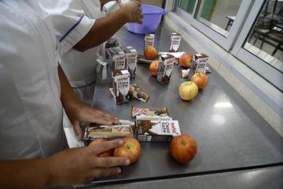 Cómo será el proceso de entrega de las canastas de alimentación Junaeb durante la emergencia del coronavirus