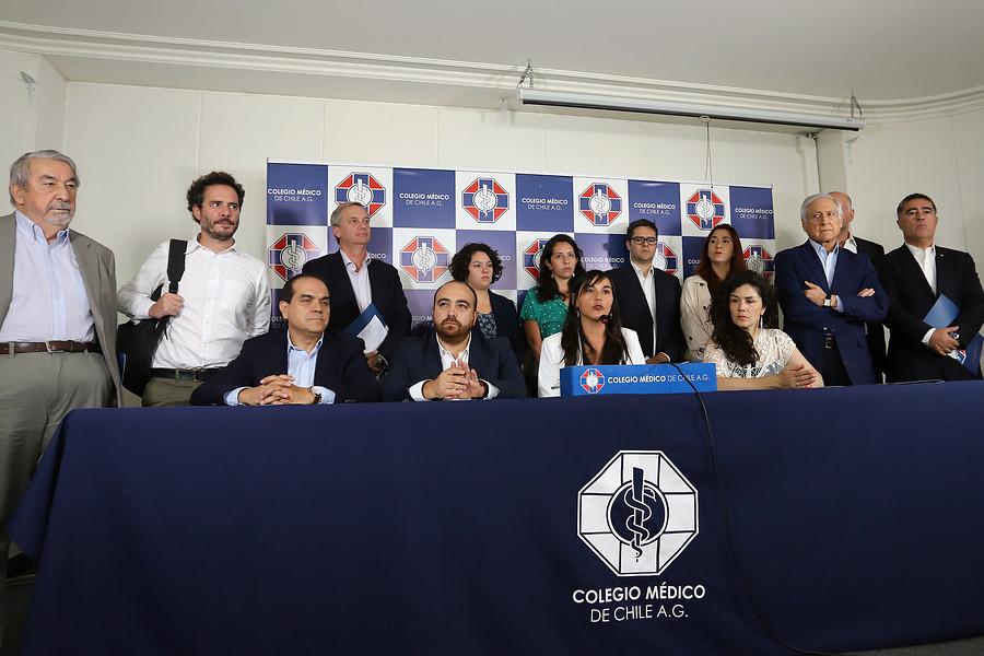 Partidos políticos se unen ante coronavirus y coinciden en posponer plebiscito