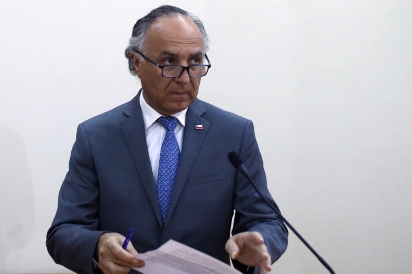 """La carta del canciller Ribera donde pide """"alojamiento y manutención"""" para chilenos varados en el extranjero"""