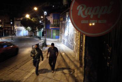 Concretan cierres de diversos locales comerciales en Valparaíso