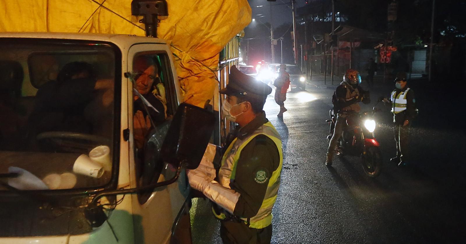 331 personas conducidas a comisarías en quinta noche de toque de queda
