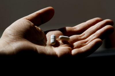 ¿Hay medicamentos o vitaminas que ayudan a prevenir el coronavirus?