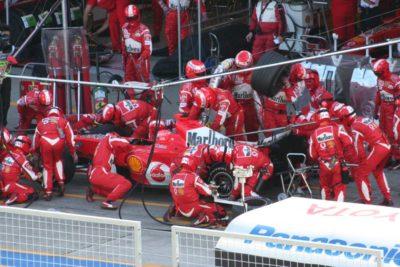 Siete equipos de la F1 amenazan con llevar a los tribunales a Ferrari y la FIA