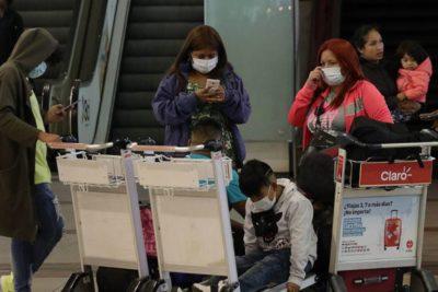 """Coronavirus: científico chino advierte que no usar mascarillas es un """"gran error"""""""