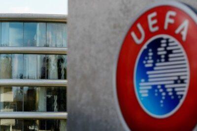 """UEFA pide """"explorar todas las opciones"""" para terminar las ligas nacionales"""