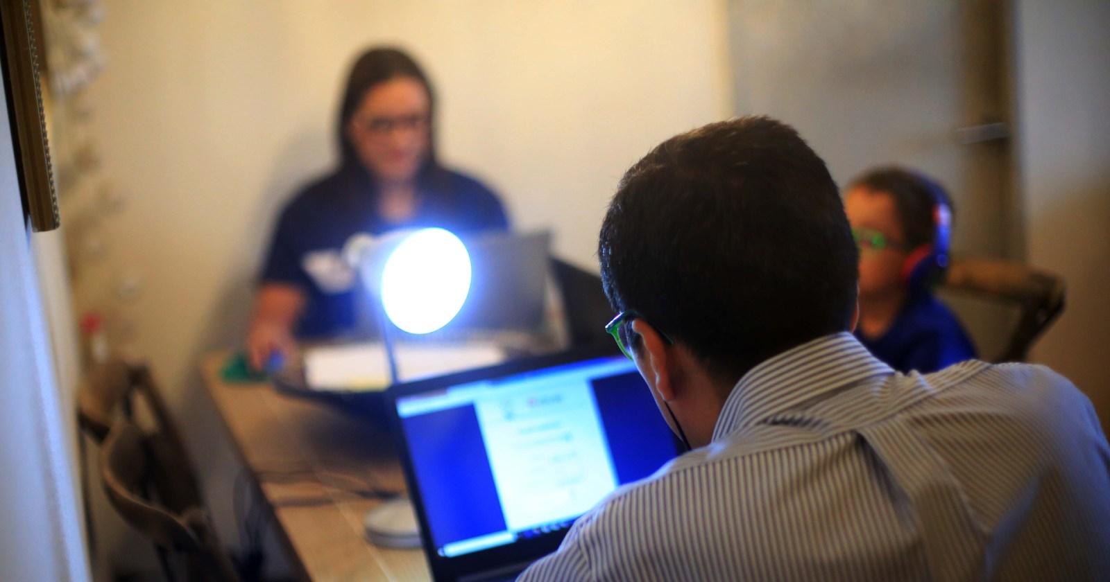 """""""Educación online: encuesta busca conocer condiciones de conectividad de estudiantes y profesores"""""""