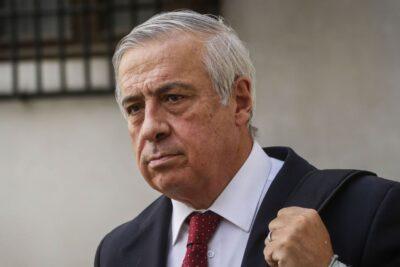 VIDEO   Mañalich descarta arrepentirse de polémicas con alcaldes y la prensa