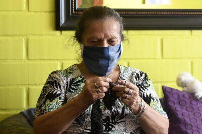 """""""Ellos nos cuidaron, ahora es nuestro turno"""": el proyecto destinado a proteger en esta pandemia a los adultos mayores más vulnerables"""