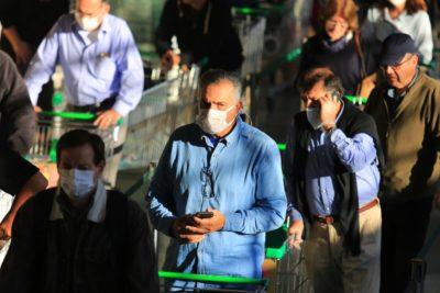 Las Condes multará a personas que circulen sin mascarilla en lugares públicos