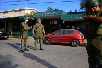 Incidentes en cárcel de Puente Alto: presos tomaron a gendarmes como rehenes