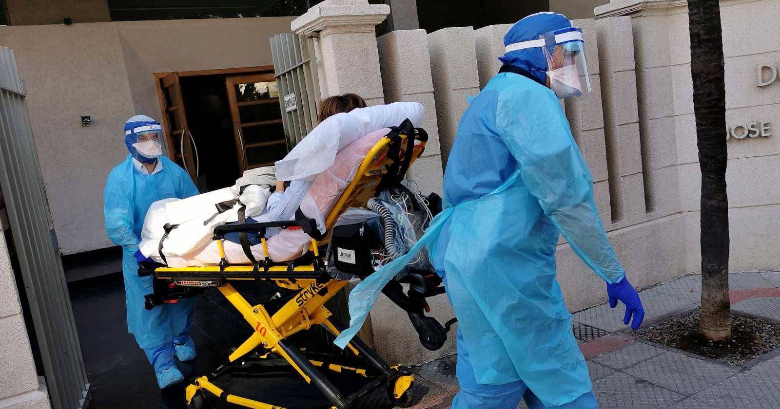 Senado pidió un bono extraordinario para personal de salud por lucha contra Covid-19