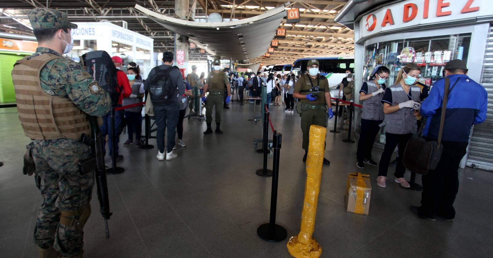 Terminal San Borja: sujeto contagiado con COVID-19 intentó viajar a Valdivia
