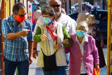 Cómo elaborar mascarillas caseras para protegerse del coronavirus