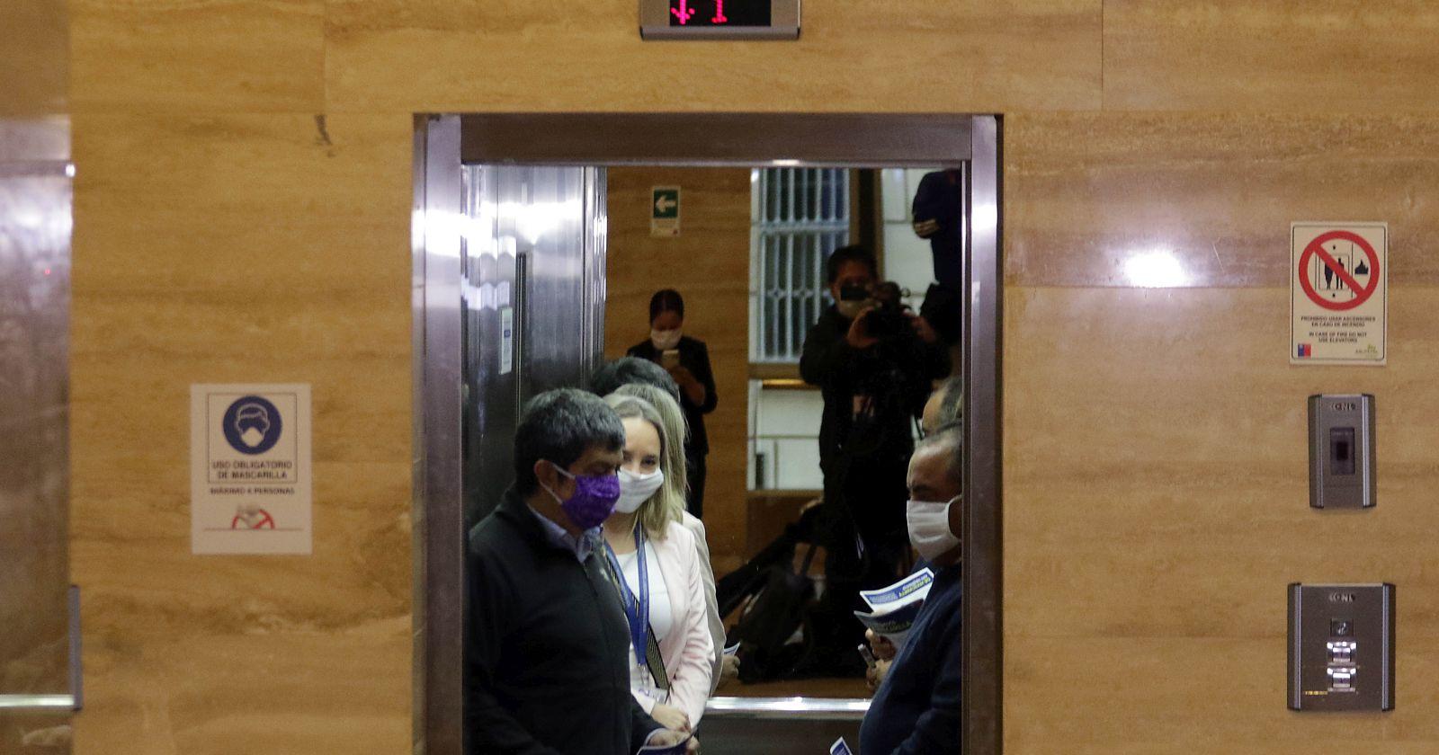 """""""Con plazo de vigencia indefinido: los detalles del uso obligatorio de mascarillas que rige desde hoy"""""""