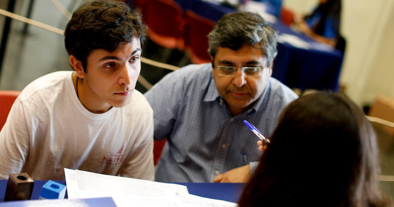 """""""Las medidas que están adoptando las universidades para ir en ayuda de sus alumnos en medio de la crisis sanitaria"""""""