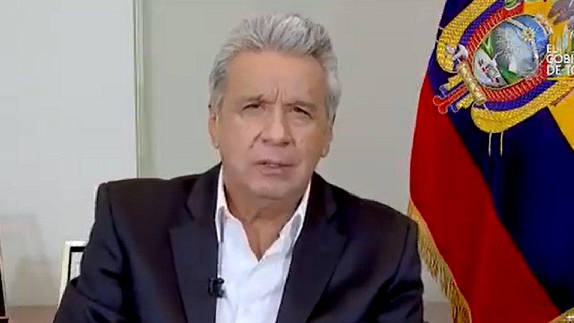 """Coronavirus: Presidente de Ecuador reconoce """"decenas de miles"""" de casos y """"cientos"""" de fallecidos"""