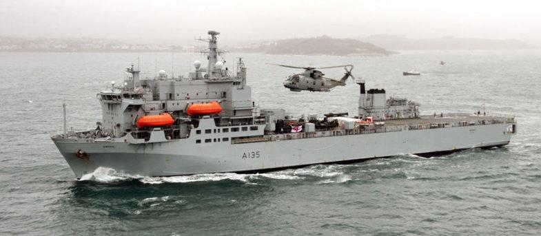 Reino Unido envía buque de guerra al Caribe para enfrentar el coronavirus