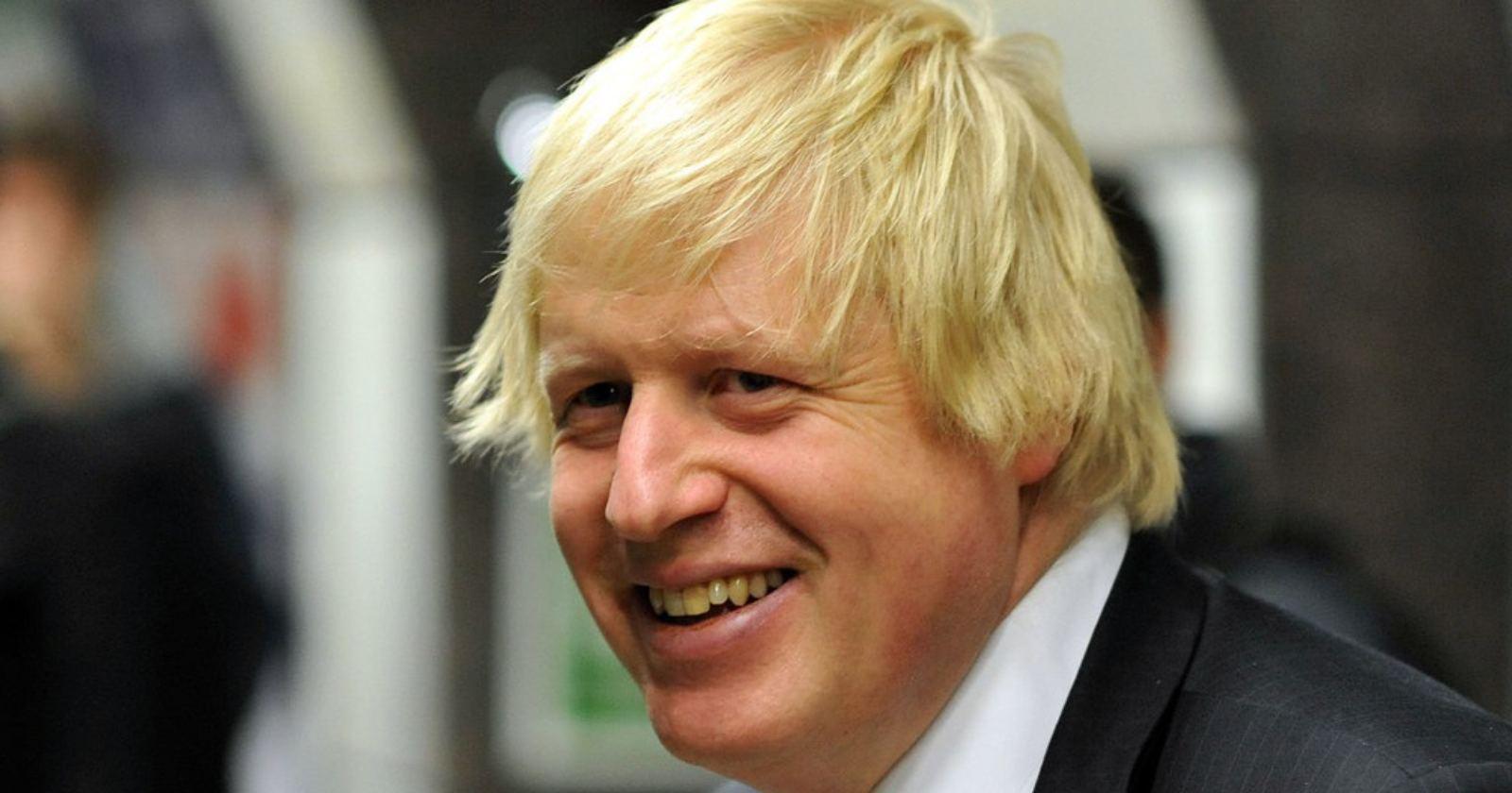 Boris Johnson se encuentra estable y sin respirador mecánico