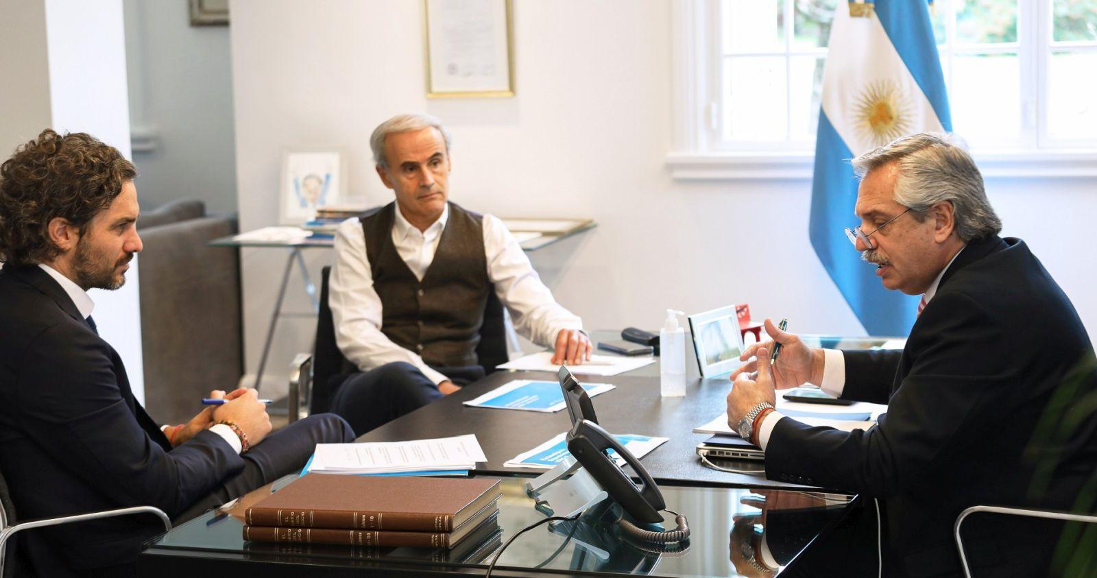 """""""Piñera y Alberto Fernández conversan 45 minutos tras polémica por videoconferencia con la oposición"""""""