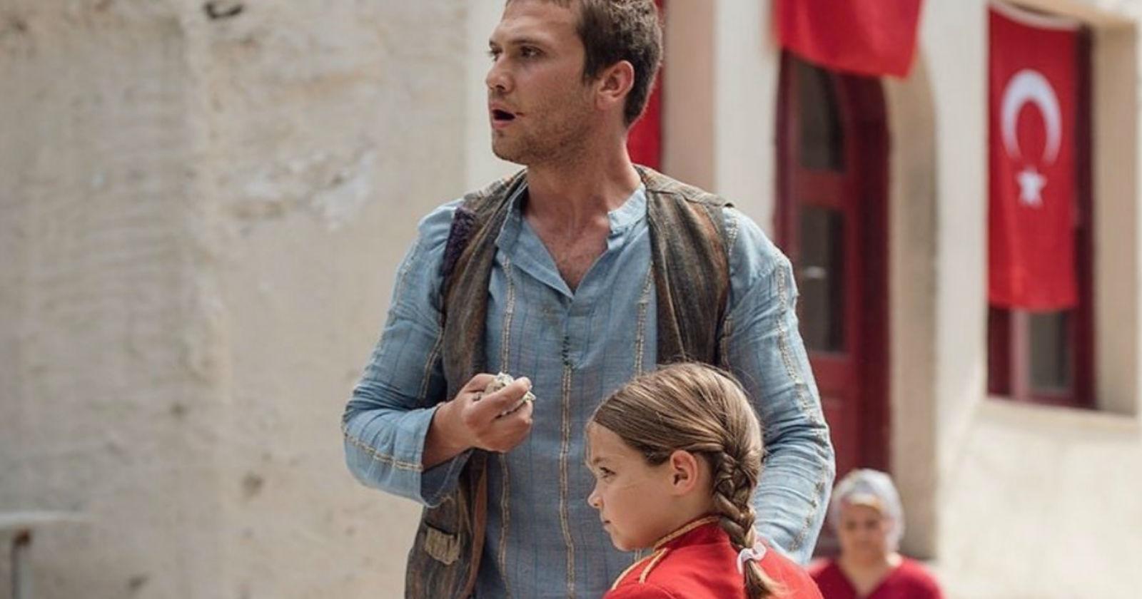 La película turca que está haciendo llorar a todos en esta cuarentena