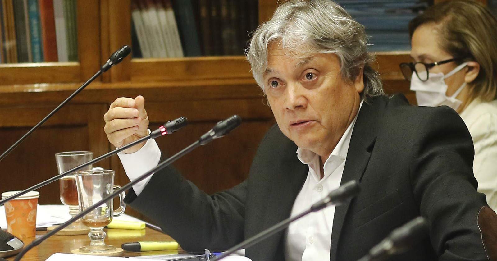 Senador Alejandro Navarro fue dado de alta esta jornada