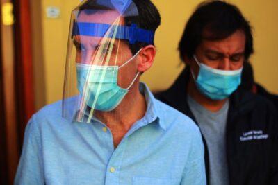 Alcalde Alessandri pide prisión preventiva a detenidos por fiesta clandestina en Santiago