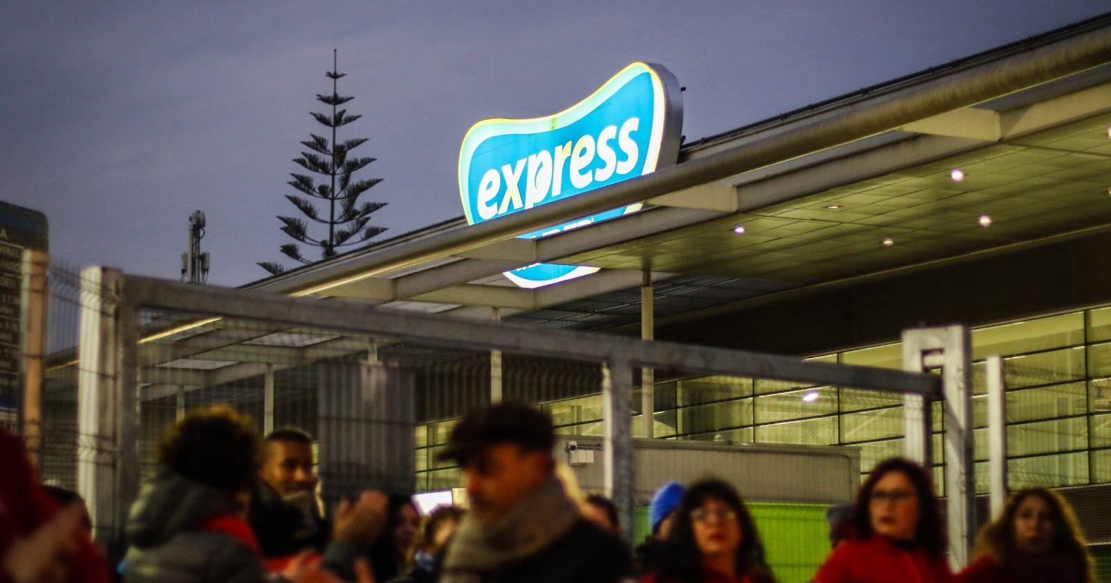 Walmart anunció extensión de horario de atención en algunas sucursales