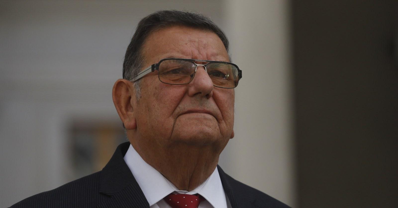 Fiscalía investigará a Quinteros por viajar siendo sospechoso Covid-19