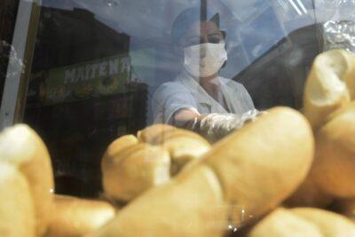 IPC de abril de 0%: aumento del pan y baja en las gasolinas determinaron resultado