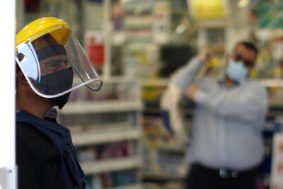 Trabajadores de farmacias confirman primer empleado fallecido por COVID-19 y denuncian falta de protocolos