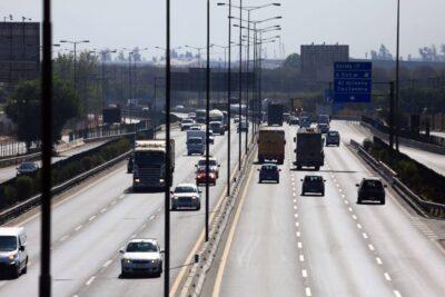 """Autopistas acusan """"interpretación inconsistente"""" del MOP por cobros indebidos"""