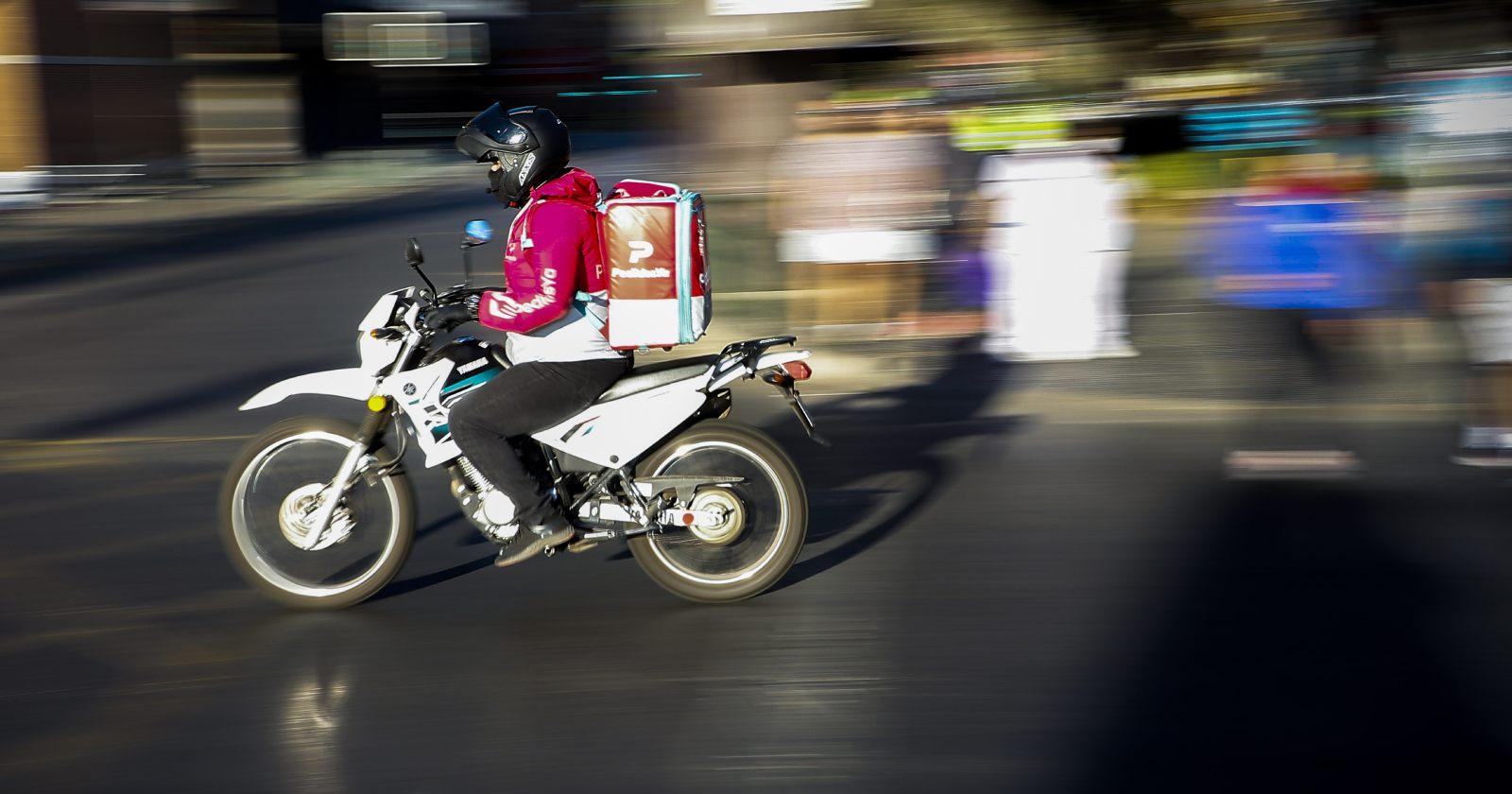 Gobierno extiende servicios de delivery de comida y medicamentos hasta medianoche