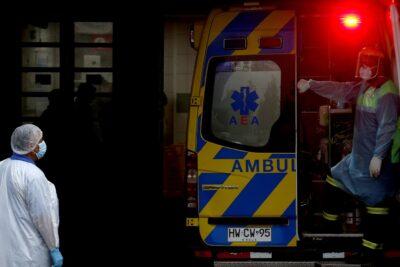 Colapso en Hospital El Pino: ambulancias hacen sonar sirenas en protesta por largas esperas