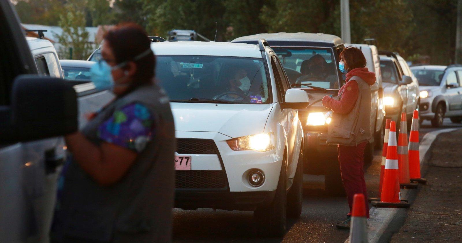 Más de 24.000 automovilistas dejaron Santiago a horas de cuarentena