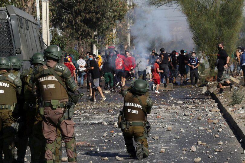 Gobierno presenta querellas por saqueos y porte de bombas molotov en protestas de El Bosque