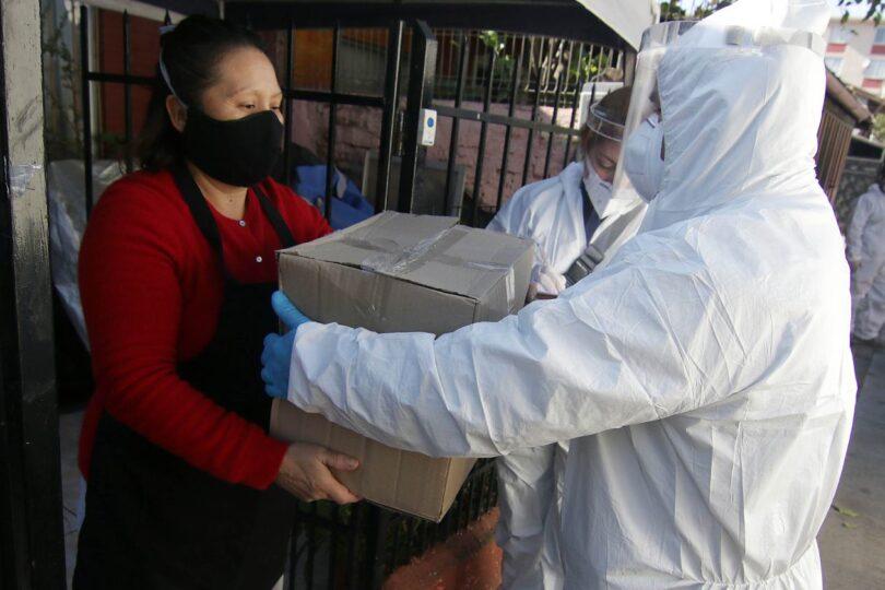 """Gobierno califica como """"exitosa"""" primera entrega de cajas de alimentos"""