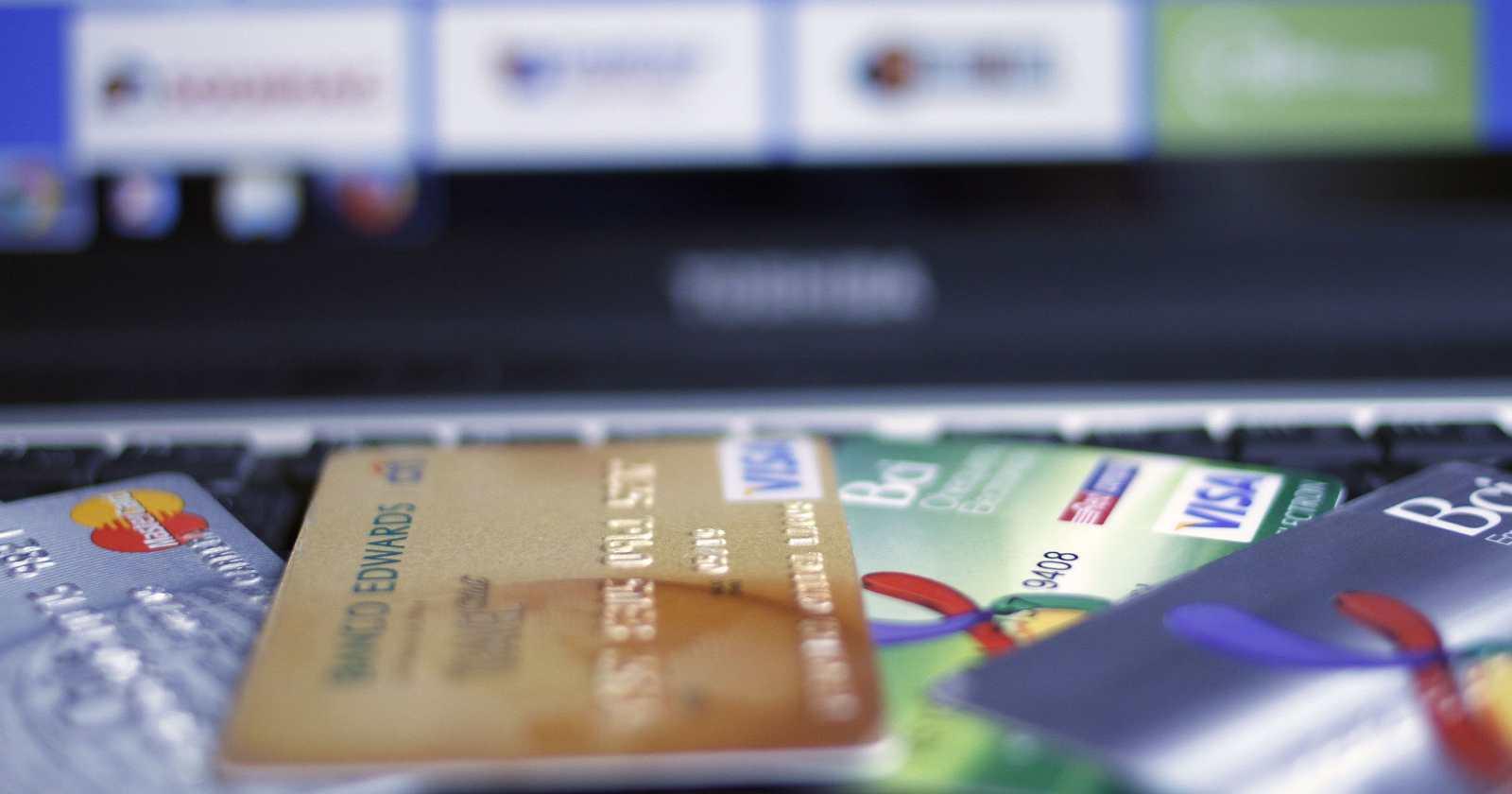 Delitos con tarjeta de crédito serán con cargo a los bancos