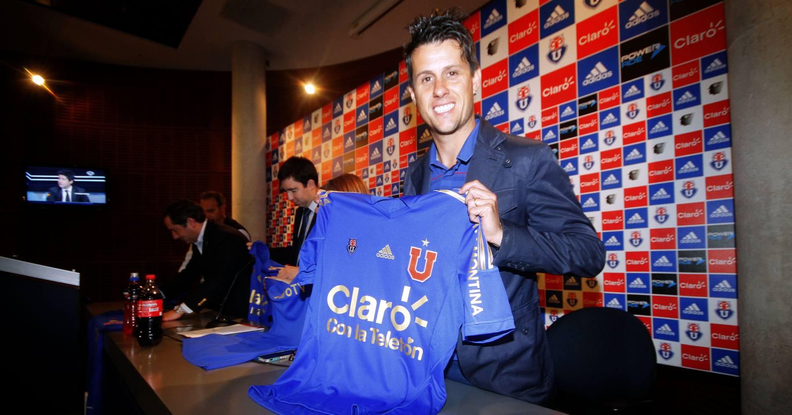 Claudio Borghi reconoció que quiso llevar a Diego Rivarola a Colo Colo