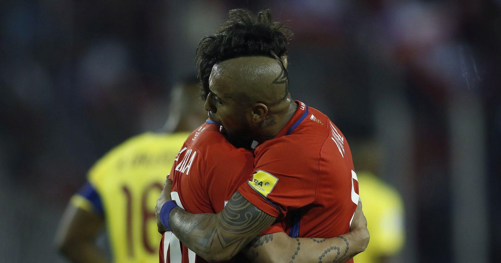 El saludo de Jorge Valdivia a Arturo Vidal: