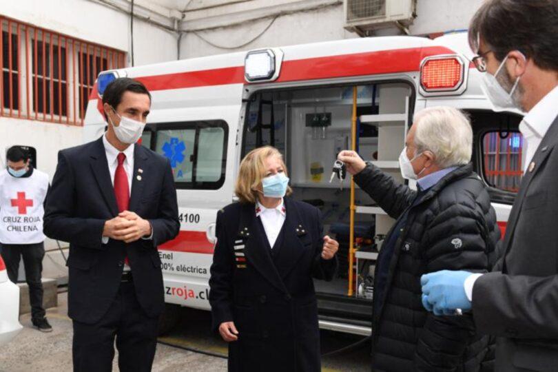 Primeras ambulancias 100% eléctricas de Latinoamérica fueron donadas a la Cruz Roja