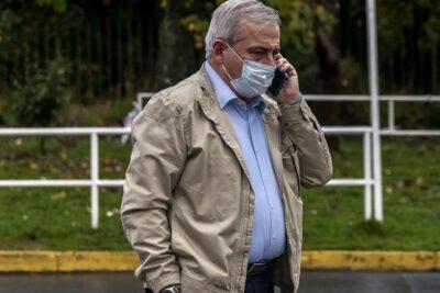Mañalich visita a pacientes contagiados en situación de calle en Osorno
