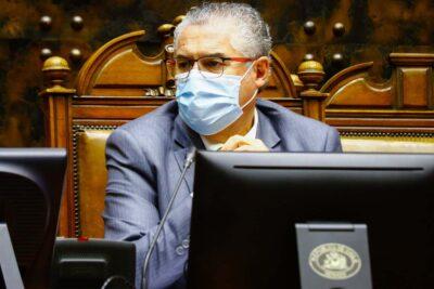 Senador Jorge Pizarro es el segundo parlamentario contagiado por coronavirus