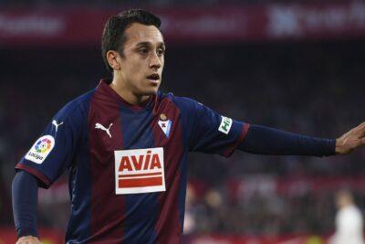 Eibar confirmó la salida del delantero Fabián Orellana