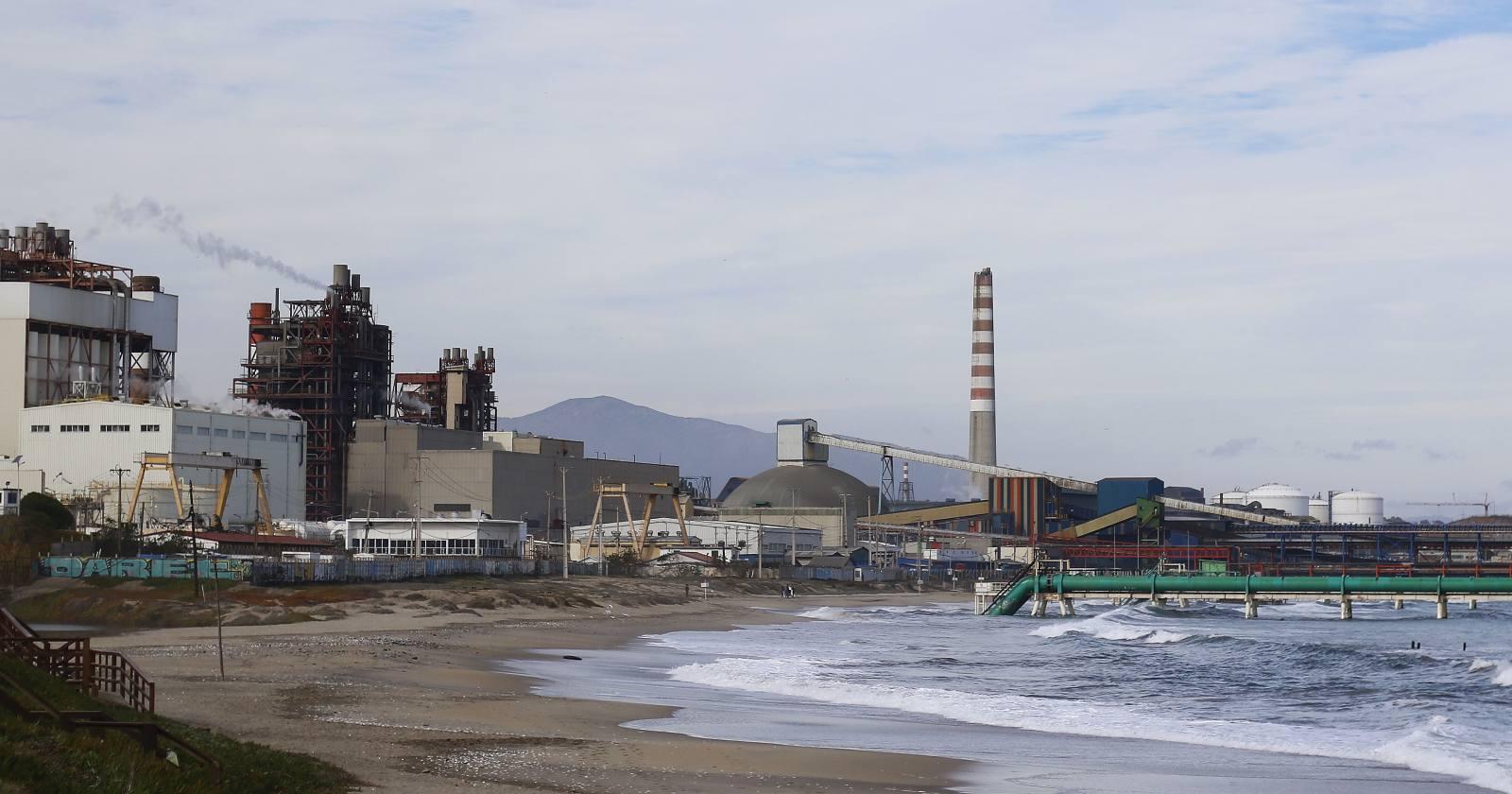 Quintero y Puchuncaví reportan alerta y preemergencia ambiental en plena pandemia
