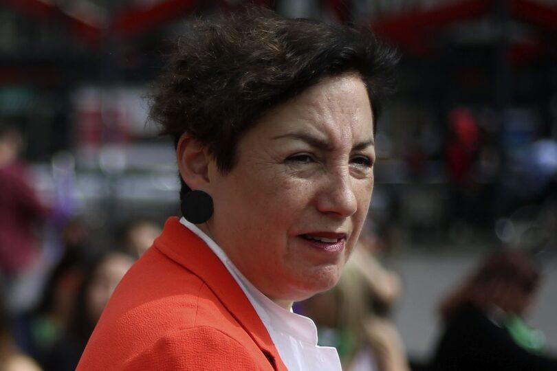 Beatriz Sánchez reaparece en vocería del Frente Amplio y pide salida de Mañalich