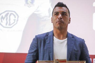 """Esteban Paredes: """"No puedo tener rencor con los dirigentes ni con Colo Colo"""""""