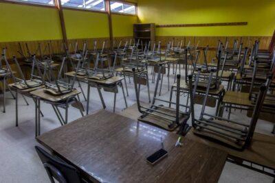 Pediatras de Estados Unidos afirman que los niños deberían volver a las escuelas pese al riesgo de contagio de coronavirus