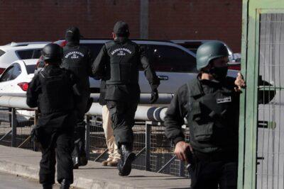 Gendarmería confirma que 79 reos trasladados desde Santiago a Rancagua tenían COVID-19