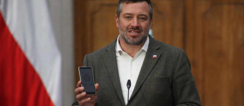 Evópoli lideró presión de partidos para sacar a Sichel de Desarrollo Social